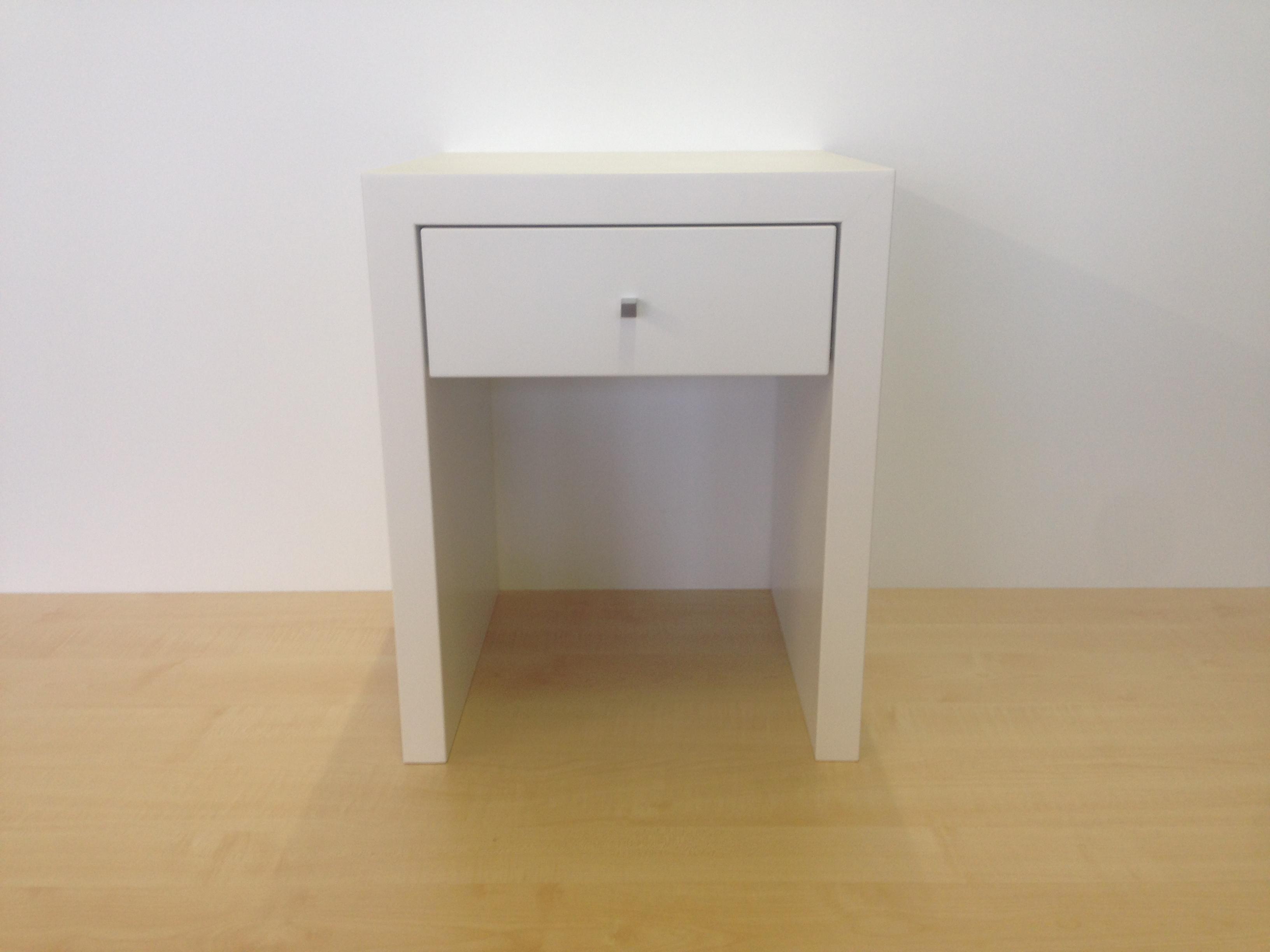 beistelltisch wei mit schublade energiemakeovernop. Black Bedroom Furniture Sets. Home Design Ideas